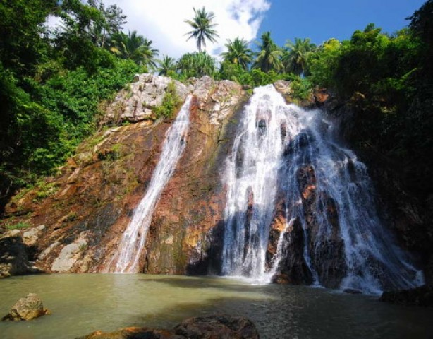 Na muang waterfall samui waterfall